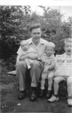Murphy brothers with dad